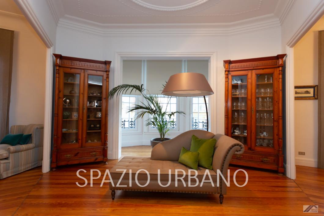 Exclusivo y Señorial piso en Bilbao